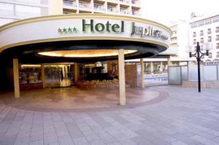 http://images.costasur.com/portimao/images/categories/hotel-jupiter-1-11-gallery.jpg