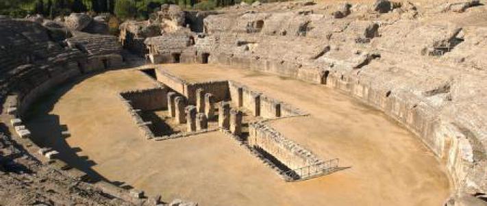 Resultado de imagen de anfiteatro de italica