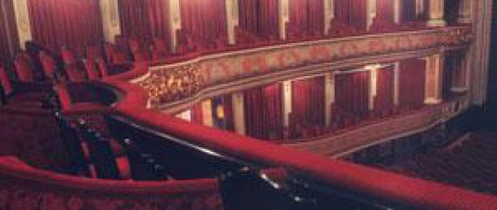 ¿Dónde tiene lugar el musical Rey León?