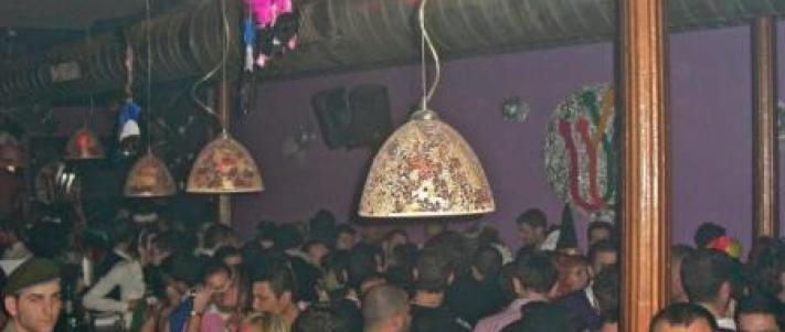 reinas gay bar malaga