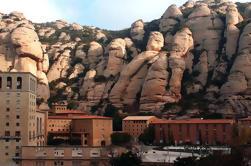Best of Gaudi Tour: Montserrat, Barcellona artistico e architettura guidato Day Tour