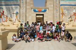 Tour privado a la aldea faraónica
