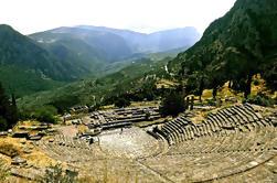 Excursión privada de día completo a Delphi y Arachova desde Atenas