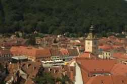 Excursión privada de día completo de la ciudad de Brasov y el castillo de Peles desde Bucarest