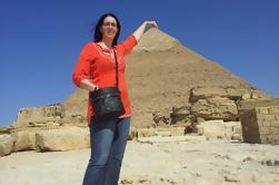Excursión Privada a la Pirámide de Giza Saqqara y Memphis con guía desde El Cairo incluyendo traslados al aeropuerto