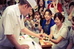 Tsukiji Marktbesuch, Sushi Making Class und Asakusa Tour