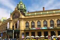 Art Nouveau e passeio de arquitetura cubista em Praga