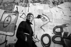 Excursão a Pé de Meio Dia de Grupo Pequeno em Berlim: David Bowie e o Fim do Mundo com um Guia Historiador