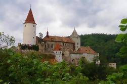 Krivoklat Castelo e Mnisek Pod Brdy: Private Day Tour de Praga, almoço incluído