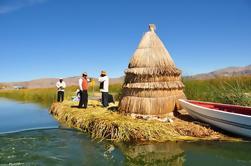 Excursión de un día a los kayaks de Uros y la isla de Taquile