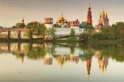 Catedrales rusas en un recorrido histórico a pie