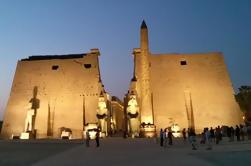 Excursão do banco do leste de Luxor aos templos de Karnak e de Luxor