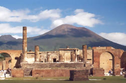 Private Tour: Discover Pompeii from Napoli