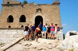 Wild Great Wall Hiking Day Tour van Jiankou naar Mutianyu