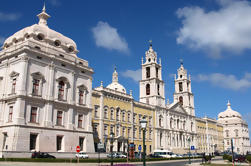 Full-Day Mafra en Ericeira Private Tour van Lissabon