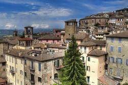 Tour en grupo pequeño: Fábrica de chocolate, Perugia y Spoleto