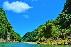 Excursión de un día combinado de Fiyi incluyendo canoa del río Navua, visita del pueblo de Fiji y cascada mágica