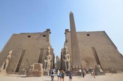 Viaje privado de día guiado a Luxor desde El Cairo