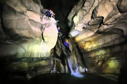 Aventura en la Cueva del Chorreadero desde San Cristóbal