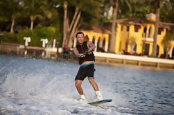 1-Hour Private Wakeboard Lesson em Miami Beach
