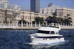 Visite complète du Bosphore avec un yacht privé depuis Istanbul