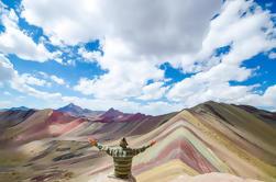 Excursión de día completo a la montaña del arco iris