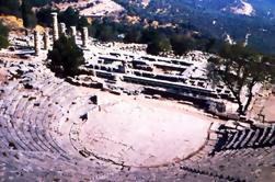 Delphi Excursión Minivan de día completo desde Atenas