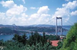 Dos continentes con el tour de medio día de Dolmabahce Palace desde Estambul