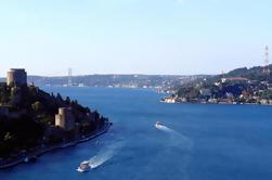 Visite du Bosphore en bateau avec le bazar des épices et la mosquée Rüstem Pasha à Istanbul