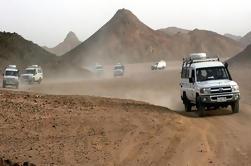 Camel and Beach Buggy Safari en el desierto en Hurghada