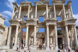 Kusadasi Shore Excursion: Ephesus Terrazas, Artemission Templo, Incluye Almuerzo