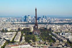 Tour de turismo en París con conductor y guía privados
