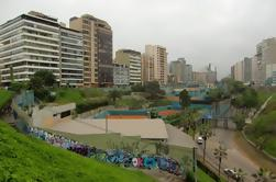 Miraflores Private Walking Tour bei Nacht