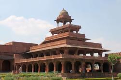 Tour privado de Agra: Taj Mahal al amanecer, Fatehpur Sikri, fortaleza de Agra y tumba de Itmad-ud-Daulah