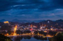 Tour privado de día completo de los lugares de interés de Kandy incluyendo el espectáculo de danza cultural de Kandy