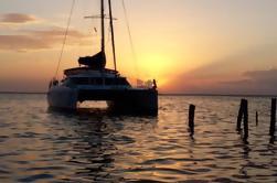 Catamarán Overnight Private Sailing Crucero de Cáncer
