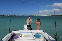 Barco de recreo de medio día Haulover Barco privado