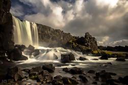 Small-Group Golden Circle og Lava Tube Grottetur Dagstur fra Reykjavik