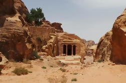 Excursión de dos noches a Petra y el Mar Muerto