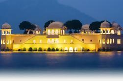 2 días de viaje privado a Jaipur desde Delhi en tren
