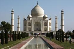 Taj Mahal Excursion d'une journée en train depuis Jaipur Ending à Delhi
