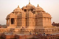 Excursión Privada de Templo de Día Completo en Delhi