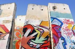 Paseo privado de medio día en Berlín: Muro de Berlín y lugares de la guerra fría