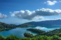 Lagoa Do Fogo Medio Día desde Ponta Delgada