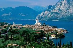 Excursión privada: Lago de Garda con Sirmione y Franciacorta Outlet Excursión de un día desde Milán
