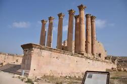 Excursión privada de 4 días a Jerash, Petra, Wadi Rum, Golfo de Aqaba y Mar Muerto desde Ammán