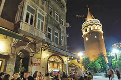 Noche de comida y vino en Estambul
