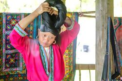 Excursión de un día para pequeños grupos a las terrazas de arroz Longji y aldeas de minorías étnicas de Guilin