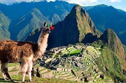 Noche: Excursión al Valle Sagrado y Machu Picchu
