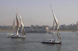 Cairo Shore Excursion: Private Day Tour de Pirâmides de Gizé e Felucca Boat Ride on the Nile